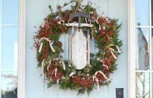 Rustic Christmas Front Porch (Wicker Emporium)