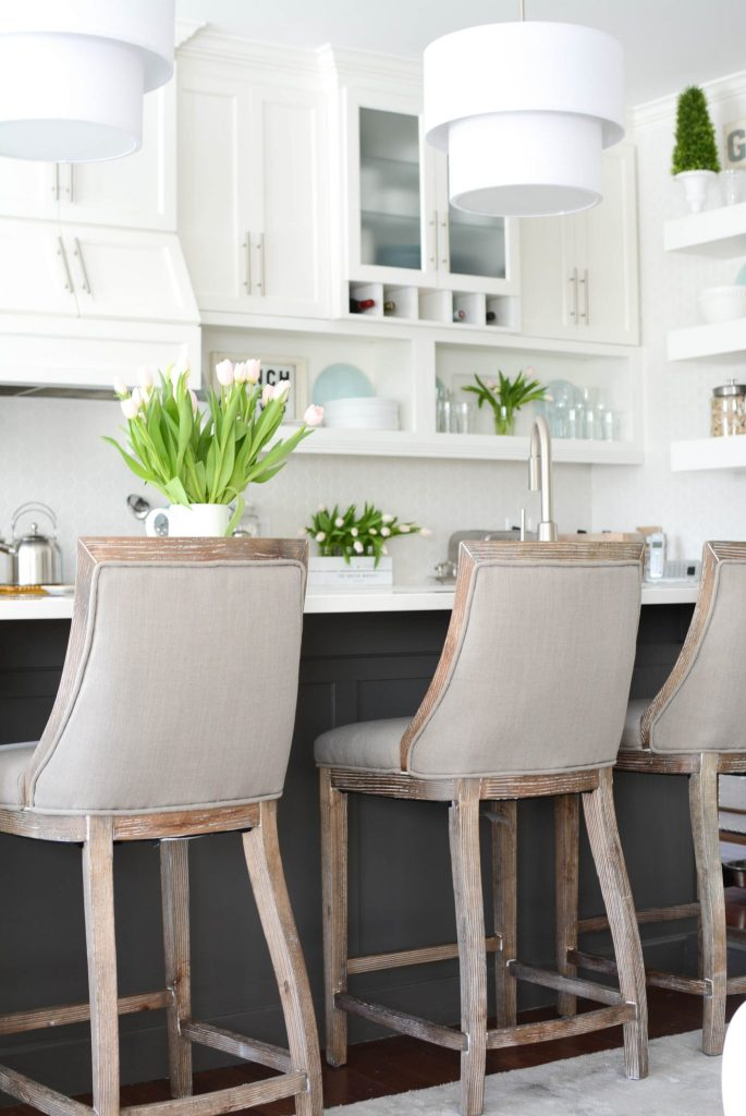 two toned kitchen cabinets trend