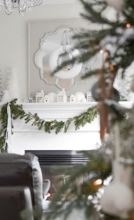 Simple White Christmas Home Tour 2018 - A Pop of Pretty Blog