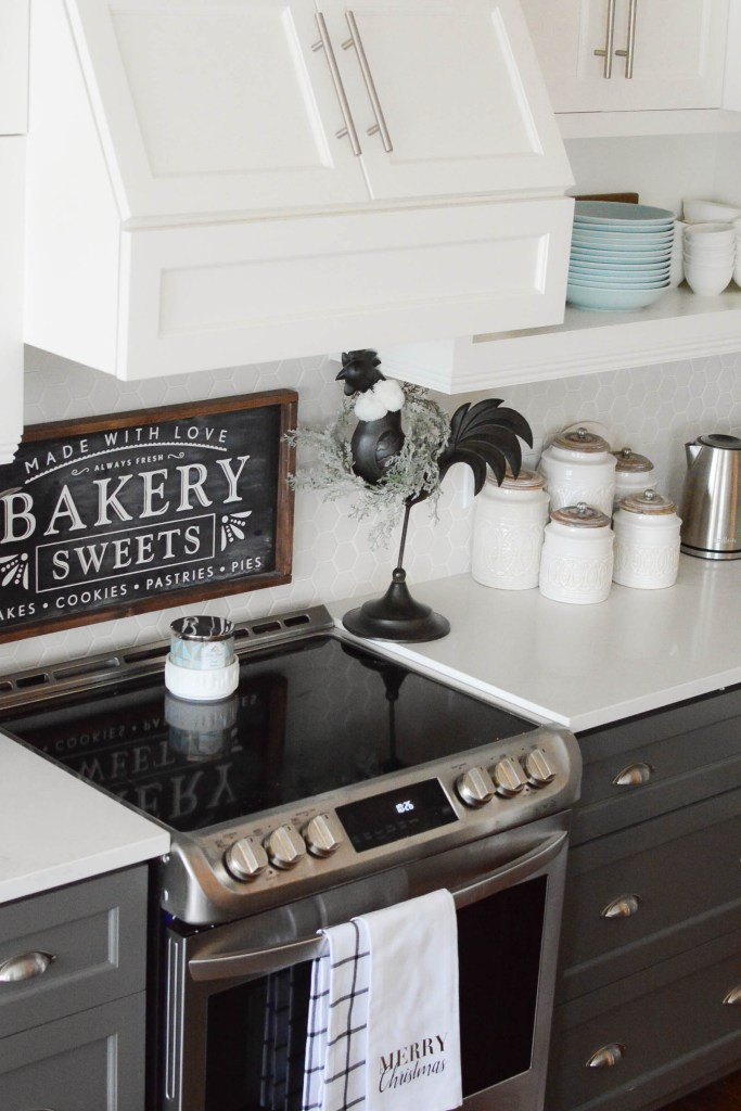 Simple White Christmas Home Tour 2018 Kitchen - A Pop of Pretty Blog