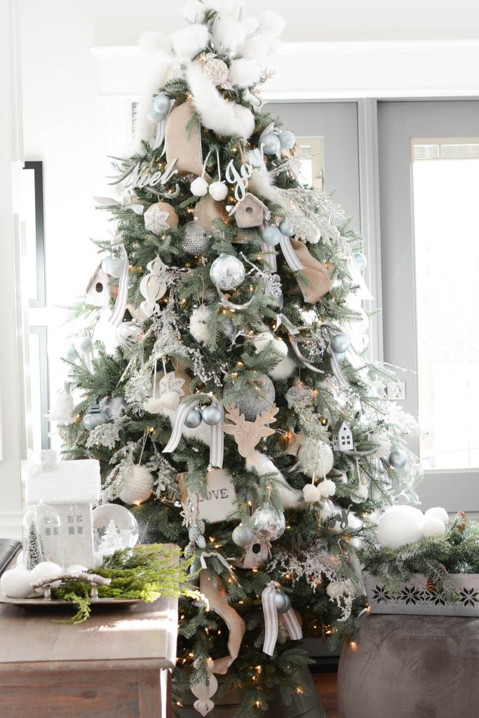 Simple White Christmas Home Tour 2018 Tree - A Pop of Pretty Blog