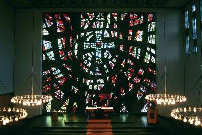 Mosaikfenster von EOK von der Empore aus, © Kai Damm-Jonas