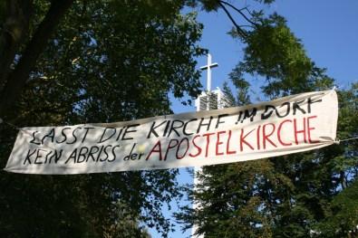 Banner über dem Apostelplatz © Beate Sachs