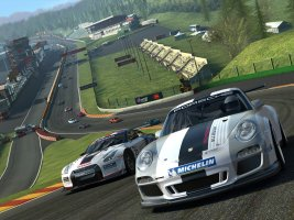 real-racing-3_556164350_ipad_01