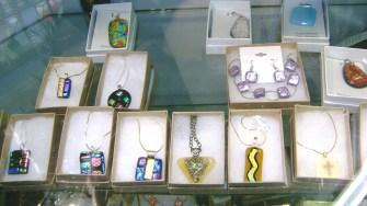 14 - Donna Williams - fused djchrotic jewelry