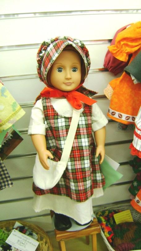 93 - B Licata - sewing, doll clothes