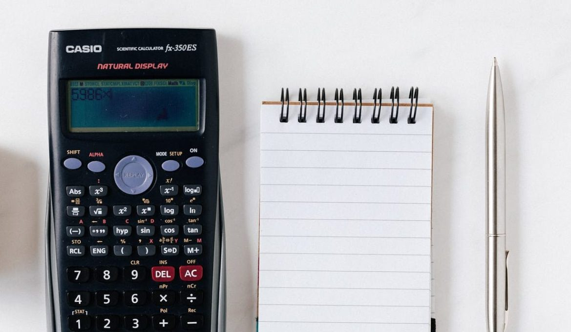 Maple Calculator låter dig lösa avancerade matematiska problem