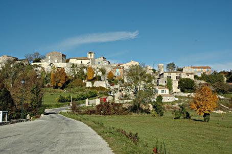 La roche sur grane village drome provencale