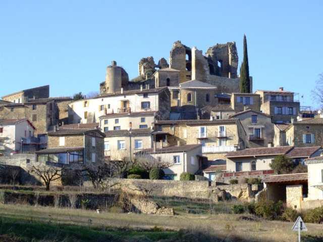 gite Chabrillan-village-perche