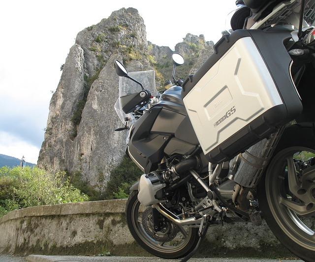vercors tourisme moto vélo