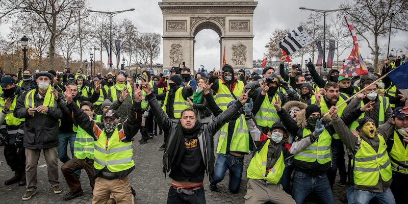 Protestare in piazza è un diritto, ma poi ci vuole la politica