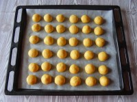 Ready to bake... :: Cream Peach Cookies | Recipe and Photo ©SaraScutti