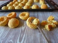 Make some space... :: Cream Peach Cookies | Recipe and Photo ©SaraScutti