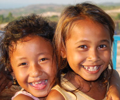 deze kinderen kregen gelukkig wèl liefde en aandacht!