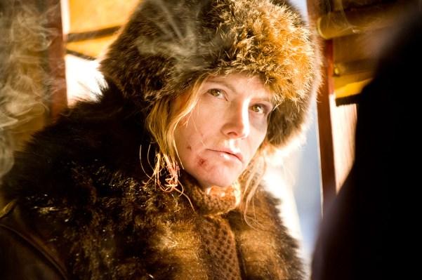 Jennifer Jason Leigh La Prisionera