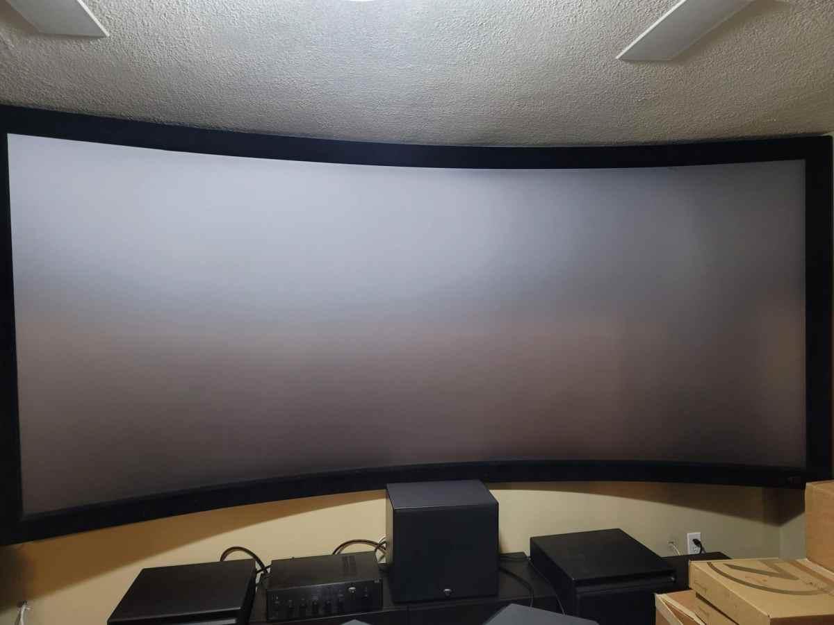 """SI 142"""" 2.35:1 Black Diamond Screen"""