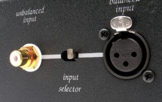 Unison_research_Tube_power_rear_balanced