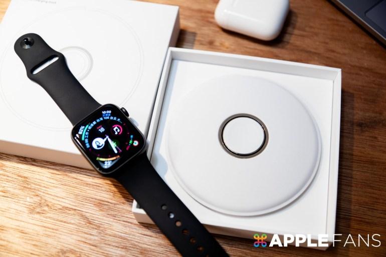 Apple Watch 磁性充電座