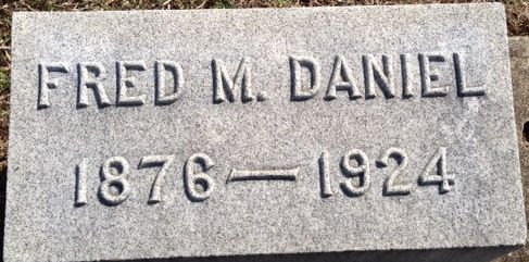 Fred M Daniel headstone, brother of Grace