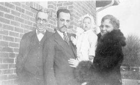 Geo Wm Applegate II, Ted, his niece Janice, Grace Daniel Applegate, 1927