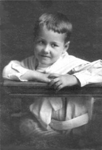 Ted Applegate, 4 years (1907)