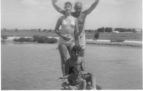Ted, Ann, Grace, Pete, swimming in Fort Stockton