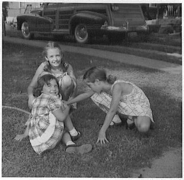 Barb, Grace, Rica, 1948, Corydon