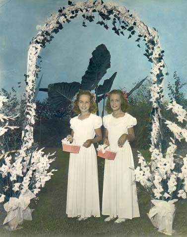 Sue and Grace, 1946