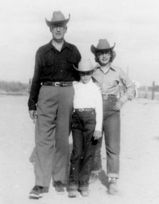 Ted, Barb, Sue in Monahans, May 1952