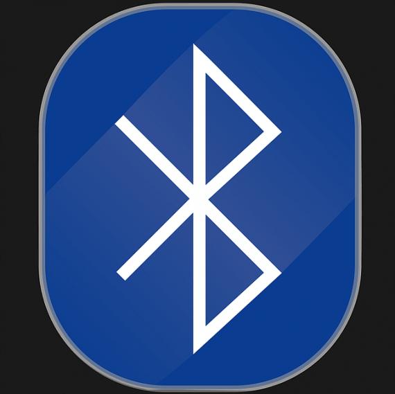 bluetooth-1330140_640