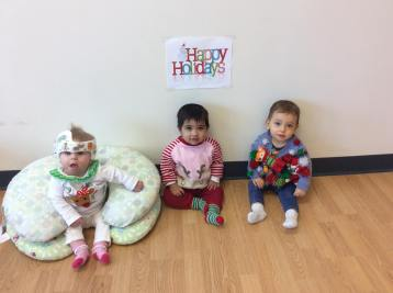 apple-montessori-students-wearing-ugly-christmas-sweaters