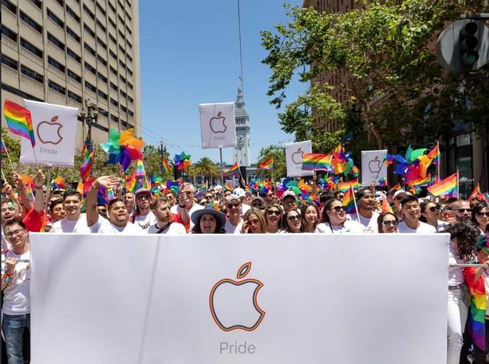 Apple participates in 2019 San Francisco Pride Parade