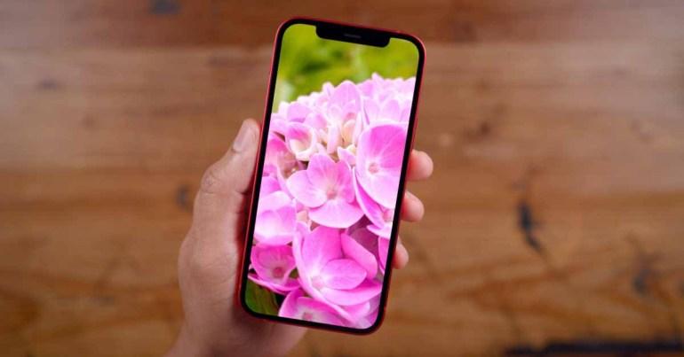 Apple ожидала, что превзойдет Samsung в качестве крупнейшего покупателя OLED-экранов, поскольку она готовит цепочку поставок для iPhone 13