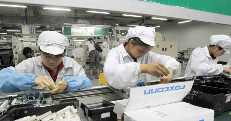 Отчет: цепочка поставок Apple планирует перевести производство из Китая во Вьетнам `` приостановлено '' из-за сбоев из-за COVID