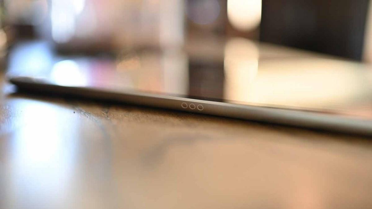 Smart Connector на iPad