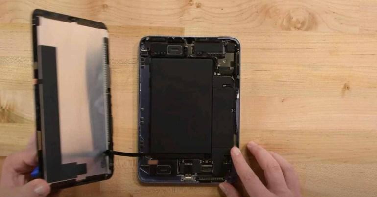 В разборке iPad mini iFixit подробно говорится о «желейной прокрутке» и отсутствии ремонтопригодности [Video]