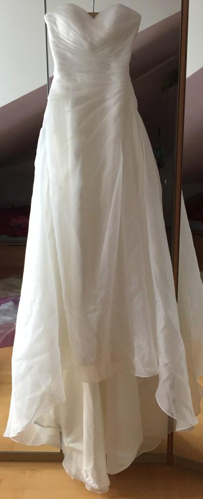 Brautkleid in der Waschmaschine waschen