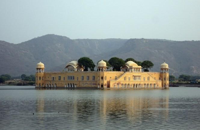 jal mahal jaipur indien sehenswürdigkeiten