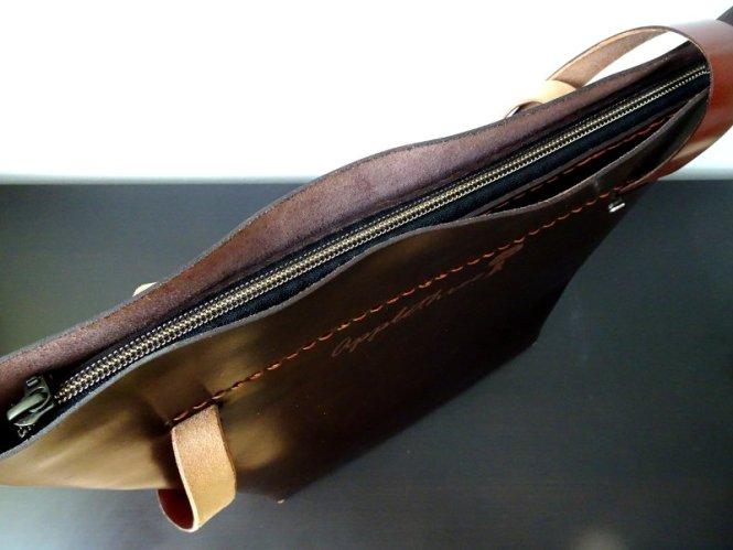 handtasche geschlossen