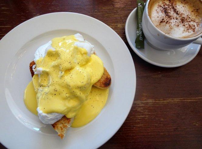 eggs benedict cardiff essen