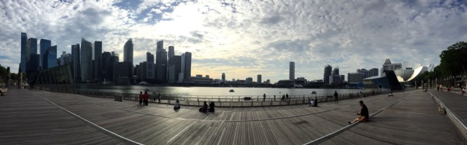 marina bay sands waterfront promenade urlaub
