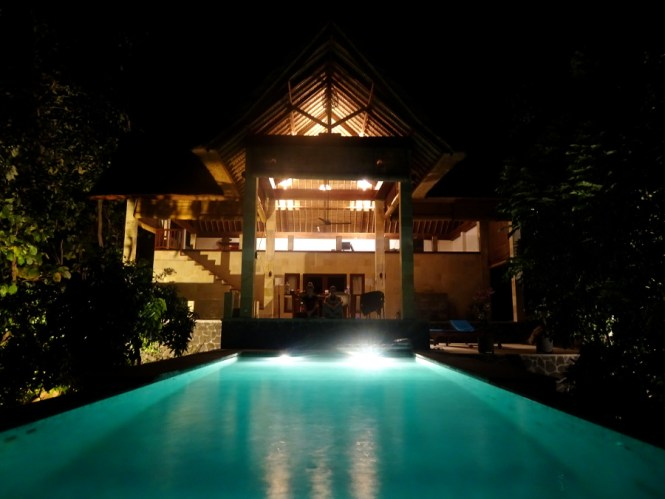 bali norden sanglung villa by night