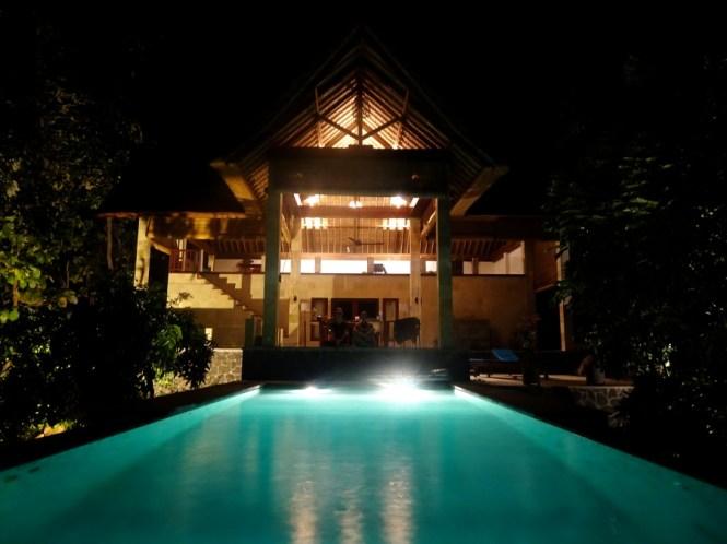 bali norden sanglung villa by night