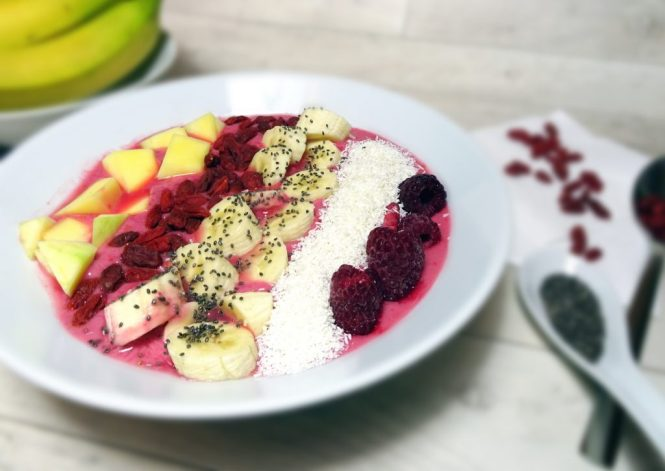 smoothie-bowl-mit-goji-beeren