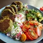 avocado-bowl-pilztaler-quark und gemuese