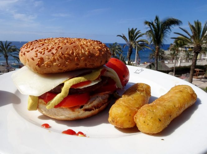 gran canaria burger beach food