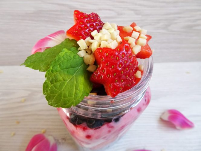 to go chia frucht joghurt erdbeere samen