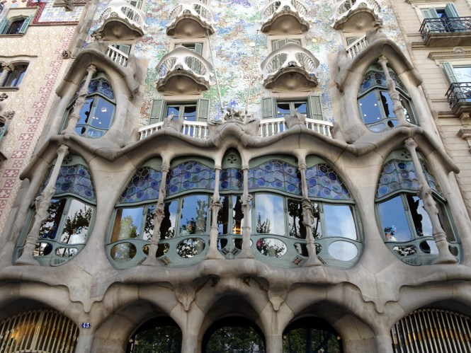 barcelona sightseeing casa battló