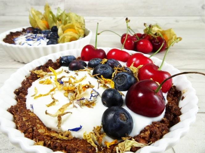 breakfast tarte aus granola joghurt