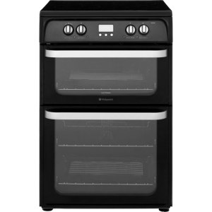 Hotpoint Ultima HUI614K Free Standing Cooker in Black